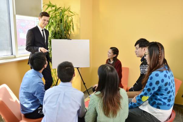 乌鲁木齐韦博_实用英语口语培训